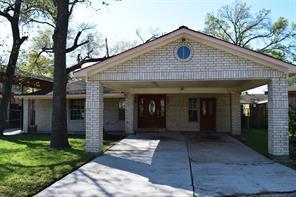 2920 fleetwood street, houston, TX 77093