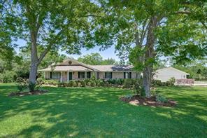 305 county road 123, wharton, TX 77488