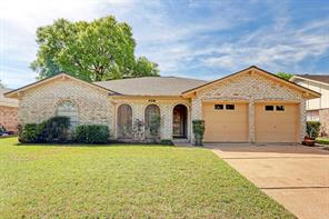 9131 willow meadow drive, houston, TX 77031