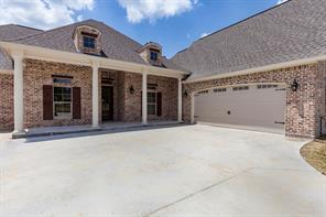 8216 Fox Creek, Lumberton, TX 77657