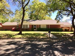 715 w milam, livingston, TX 77351