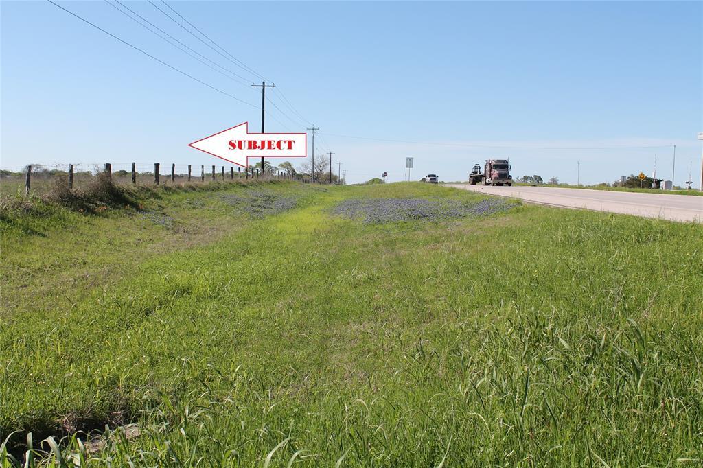 11651 S Highway 36, Bellville, TX 77418