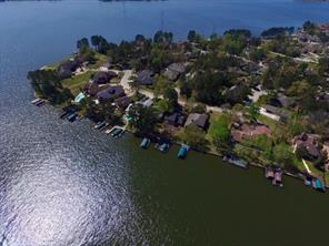 This home is the 5th boat dock from the right. As you can see it sits just at the edge of Open water!!! Due eastern exposure insures plenty of shade from the summer heat!