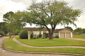 9323 Twin Hills, Houston TX 77031