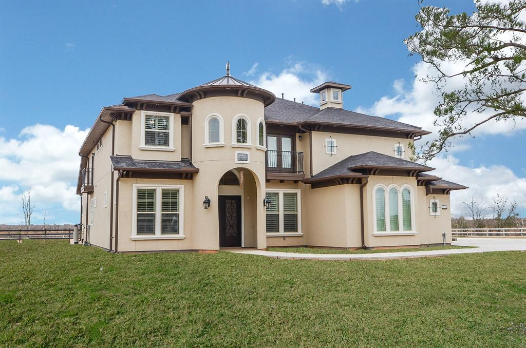 You know what they say about first impressions! From the ornamental  ironwork on the Juliet balcony to the impeccable landscaping, the lavish  attention to ...