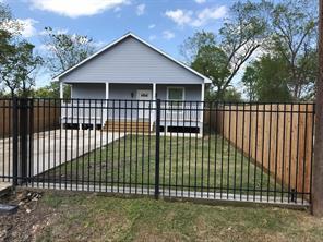 7981 boy street, houston, TX 77028