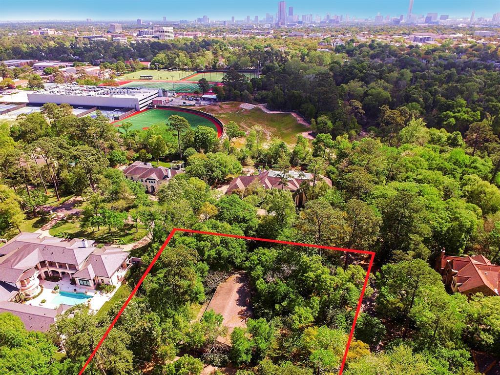 33 Stillforest Houston 77024