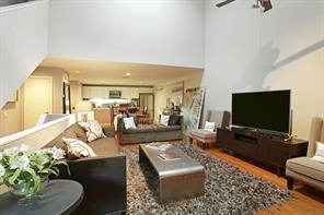 Houston Home at 913 Robin Street Houston , TX , 77019 For Sale