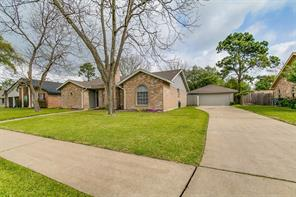 10411 rocky hollow road, la porte, TX 77571