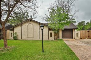 3714 marquita lane, houston, TX 77039