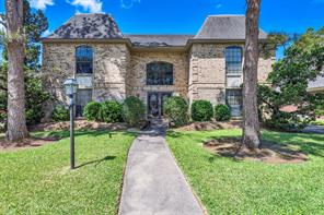 8718 chelsworth drive, houston, TX 77083