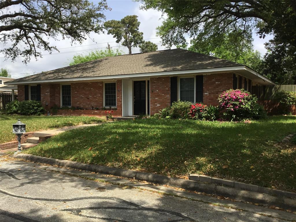 13 Bay Villa Street, Baytown, TX 77520