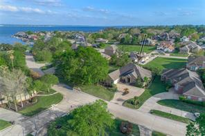 Houston Home at 195 Somerton Drive Montgomery , TX , 77356-8437 For Sale