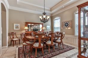 Formal Dining room for family and friend gatherings.