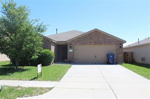 822 amaryllis road, baytown, TX 77521