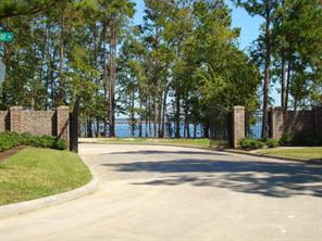 This is the gated entrance to Bentwater Bay Estates.  Yes, that's a gate within a gated subdivision.  Pretty private.
