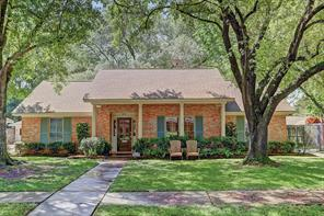 8015 skyline drive, houston, TX 77063