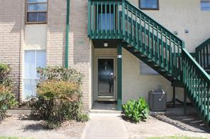 1516 bay area boulevard #r3, houston, TX 77058