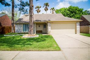 18142 forest cedars dr drive, north houston, TX 77084
