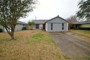 3215 wuthering heights drive, houston, TX 77045