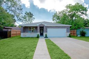 8147 st lo road, houston, TX 77033