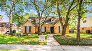 7906 Roos, Houston TX 77036