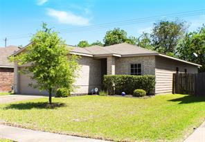 7014 orchid street, baytown, TX 77521