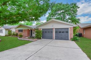 9007 Altamont, Houston TX 77074