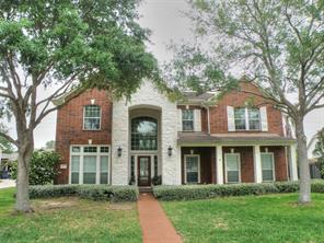 1918 Pampas Trail Drive, Friendswood, TX 77546