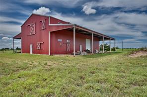 1110 Lidiak, La Grange TX 78945