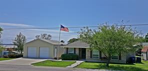 330 Crestmont, Point Blank, TX, 77364