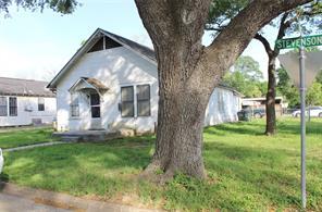 400 Stevenson, Eagle Lake TX 77434