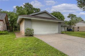 Houston Home at 16927 Worden Lane Friendswood , TX , 77546-4246 For Sale