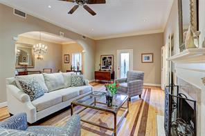 Houston Home at 10 S Briar Hollow Lane 75 Houston                           , TX                           , 77027-2824 For Sale
