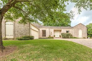 2227 country club boulevard, sugar land, TX 77478