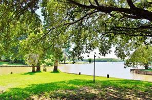 100 South Oak Bluff, Trinity, TX 75862
