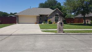 1996 brentwood drive, alvin, TX 77511