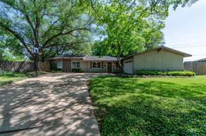 3203 Rockyridge, Houston TX 77063