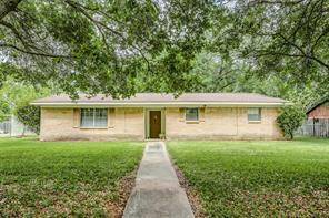 501 Riverside Drive, Alvin, TX 77511