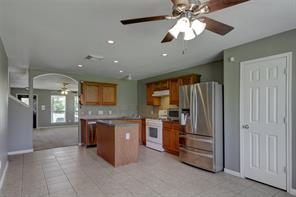 2515 pinpoint drive, spring, TX 77373
