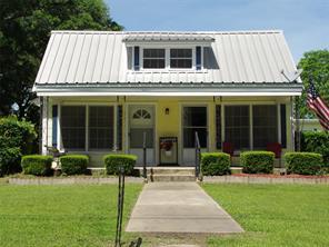 611 Main, Groveton TX 75845