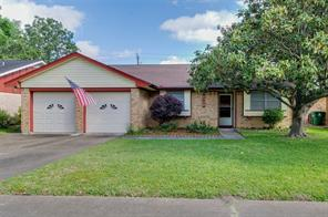 5738 hoover street, houston, TX 77092