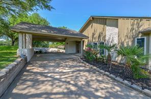 604 Pecan Grove, Sealy TX 77474