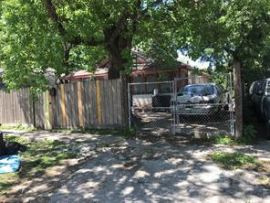 Houston Home at 731 W 27th Street Houston , TX , 77008-1703 For Sale