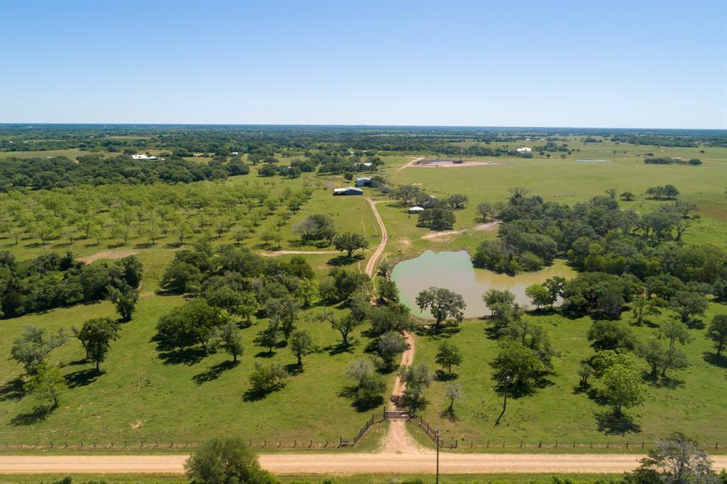 1792 County Road 380, Hallettsville, TX 77964
