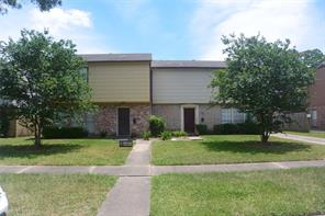 5526 deep forest drive, houston, TX 77092