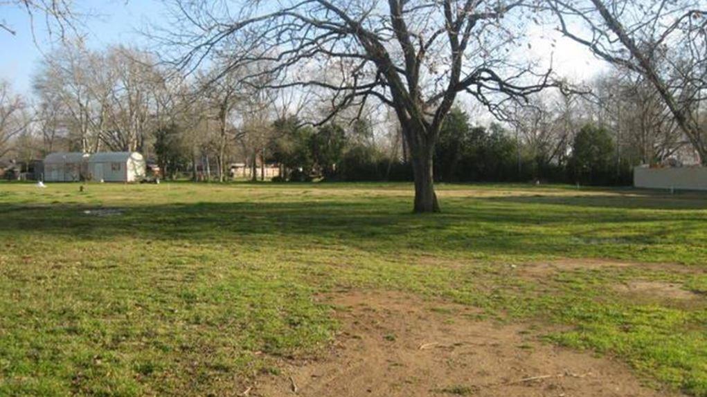 000 E Goliad Avenue, Crockett, TX 75835