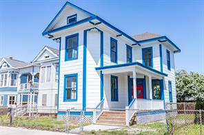 1910 Avenue M 1/2, Galveston TX 77550
