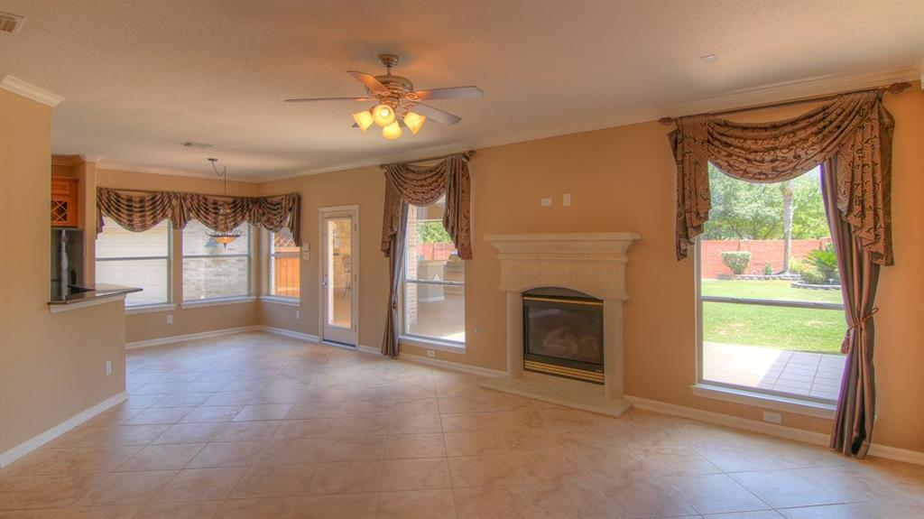 Shoal Landing Street Pearland TX Better Homes And - Bathroom remodeling pearland tx