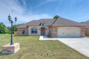 555 Tryson Lane, Bridge City, TX 77611